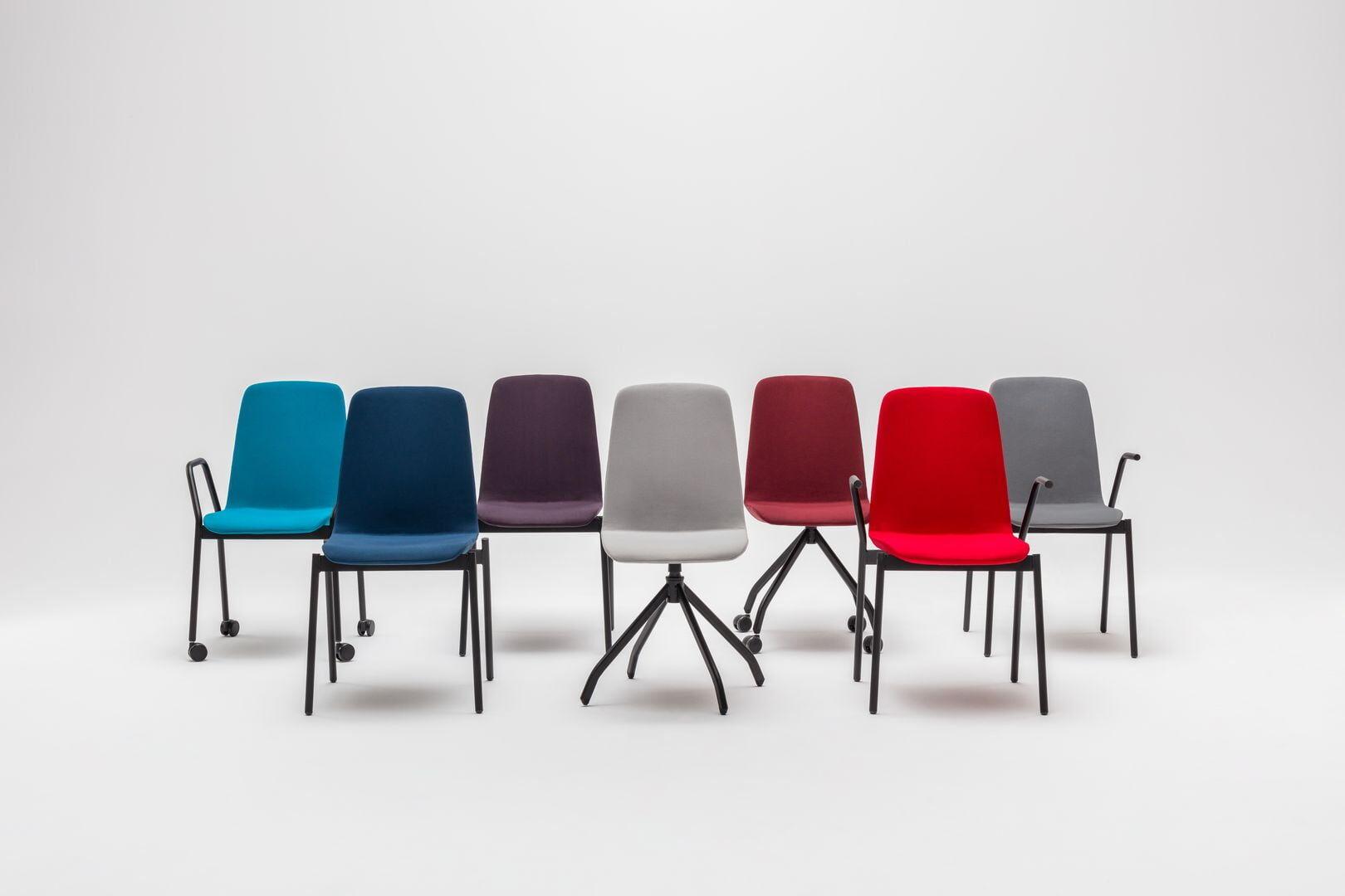 Ulti chair Fabric: Atlantic Colour: A66087, A66057, A65037, A60141, A64092, A64093, A60142  Base colour:  M115