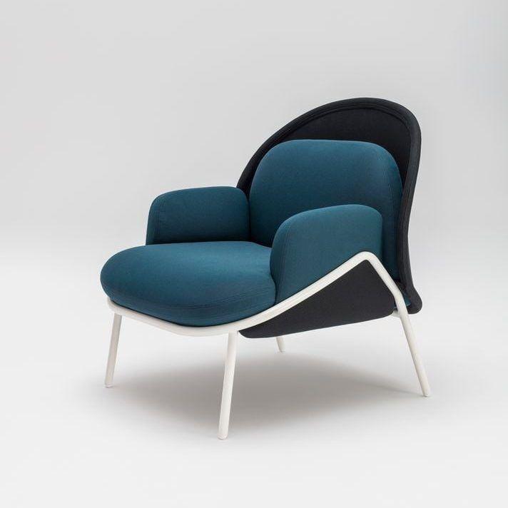 Mesh armchair Fabric: Atlantic, Runner Colour: A66043, R60999 Base colour:  M015