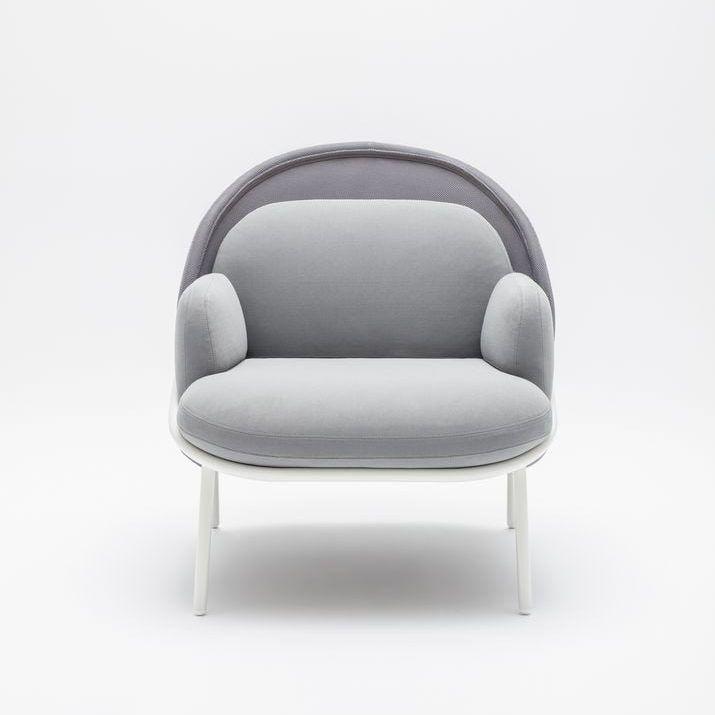 Mesh armchair Fabric: Atlantic, Runner Colour: A60011, R60011 Base colour:  M015
