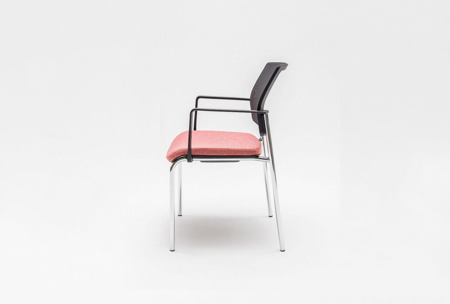 Gaya chair Fabric:  Medley, Runner Colour:  M63064, R60025 Base colour:  3177