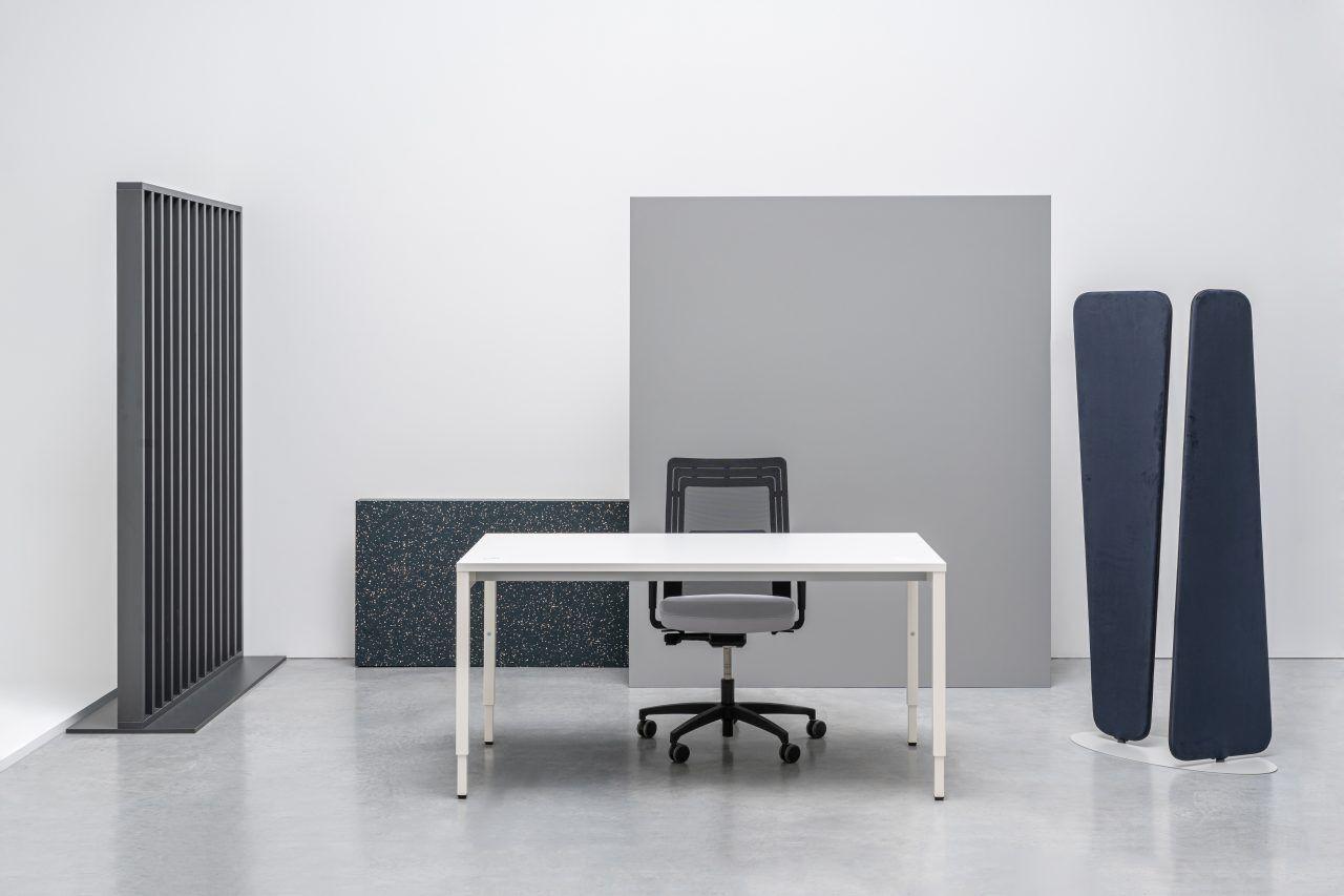 Ogi Y height adjustable desk