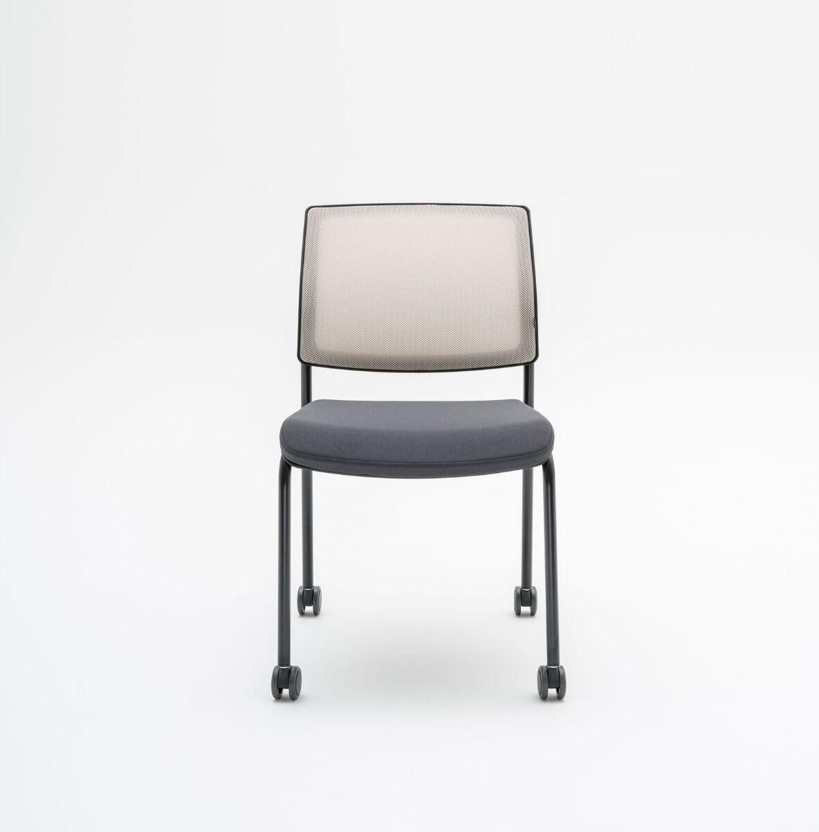 Gaya chair Fabric:  Atlantic, Runner Colour:  A60025, R61128 Base colour:  M115