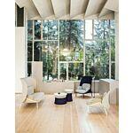 Mesh sofa and armchair Fabric: Synergy, Runner, Vita Colour: Lds19, R61128, V01, R66064, Lds19, R61128 Base colour:  M015
